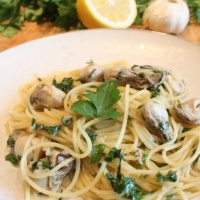 Pasta with oysters
