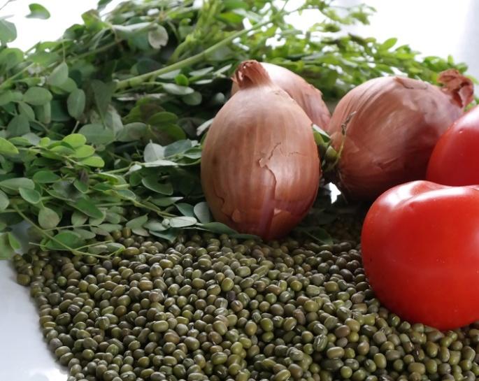 Mungbean stew with morringa recipe