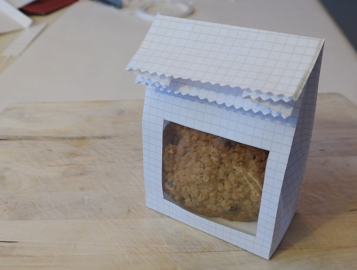 Paperbag  with window DIY