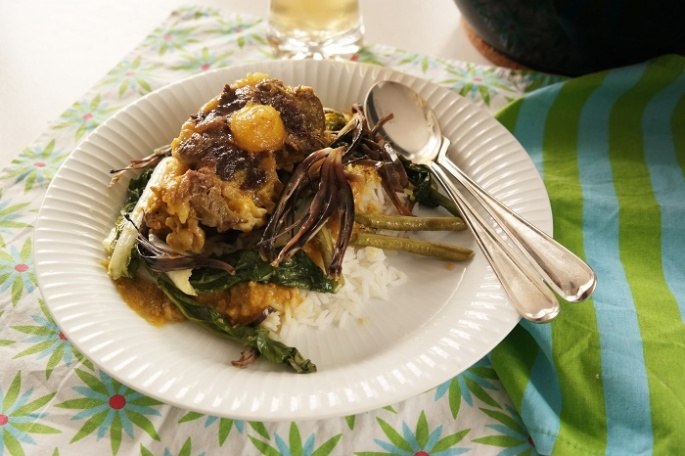 Kare kare, oxtail and peanut stew – Analiza Gonzales