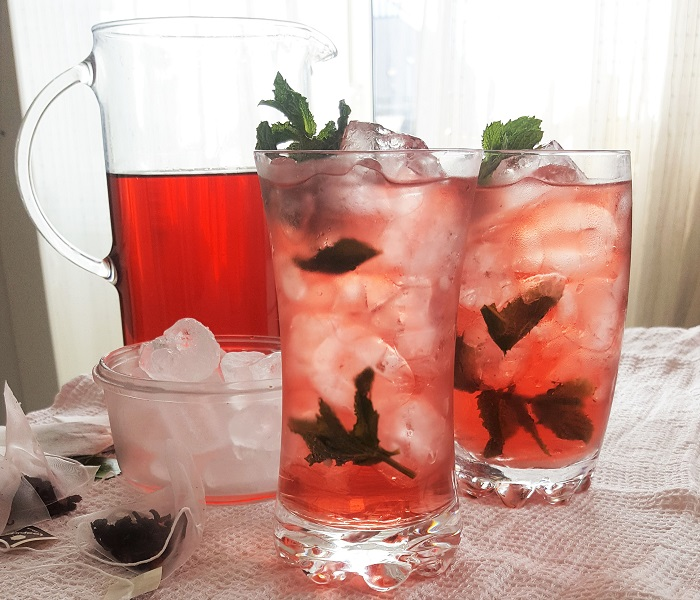 Red berry ice tea