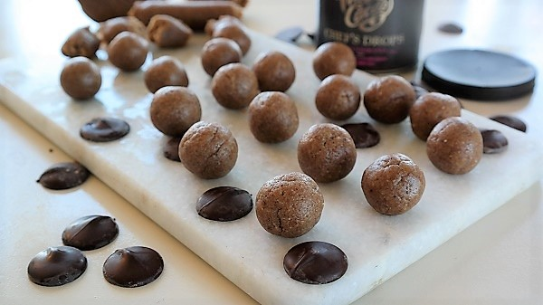 Marzipan, dates and almonds