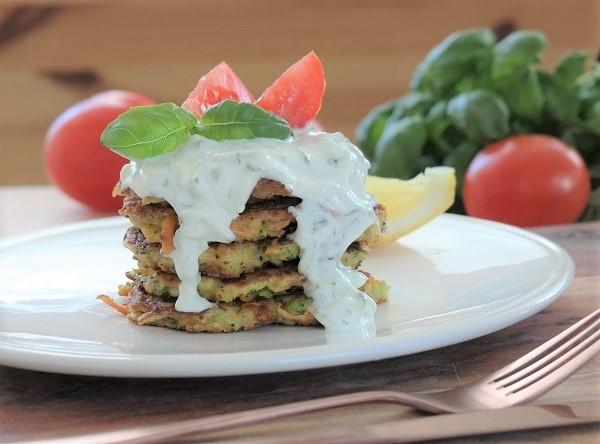 Vegetable-fritters-grønnsakskaker-analizagonzales-com-healtier-meatfree-monday-vegetarian02-2.jpg